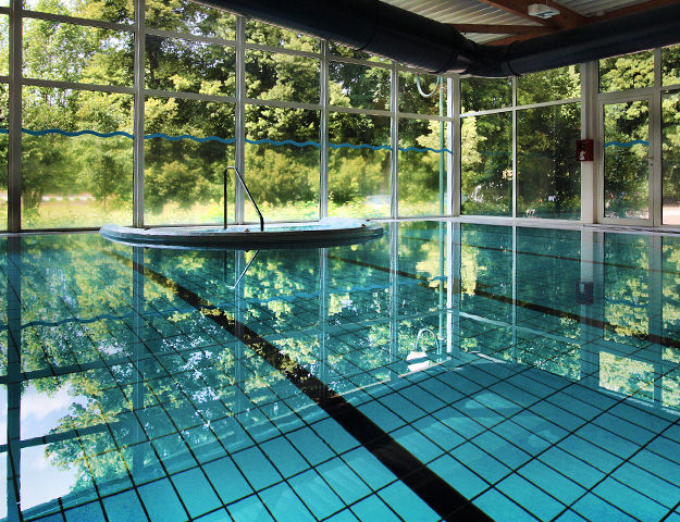 01.piscine-interieure-natural-spa